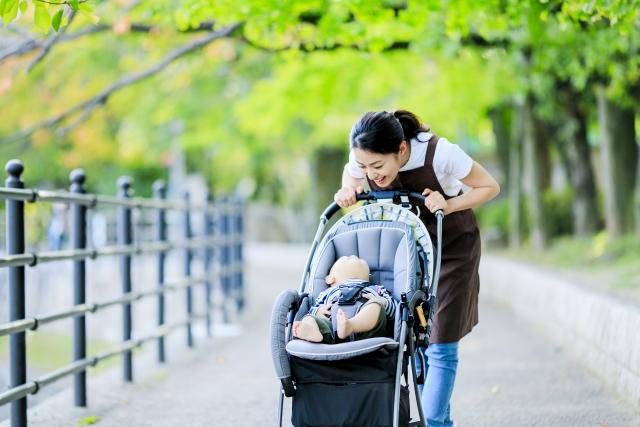 赤ちゃんとお散歩